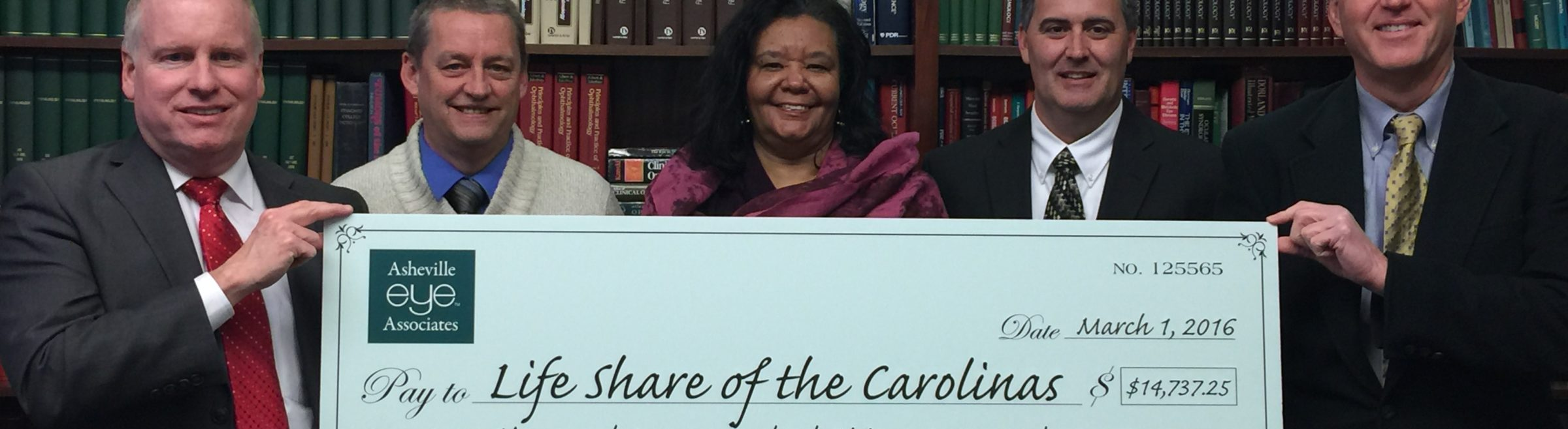 Asheville Eye Associates Presents nearly $15K to LifeShare of the Carolinas